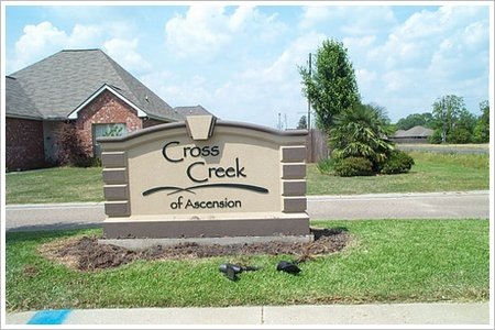 cross creek gonzales la real estate