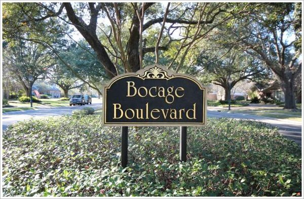 Jefferson Place Bocage Entrance Sign