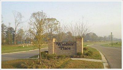 Zachary Windsor Place Entrance