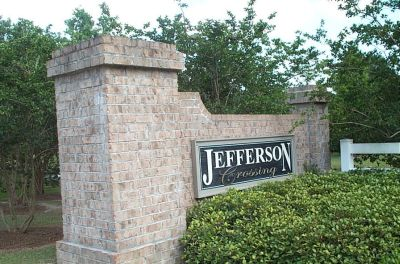 Jefferson Crossing Entrance Sign
