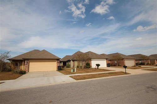 Baton-Rouge-Real-Estate-Nicholson-Lakes-Subdivision